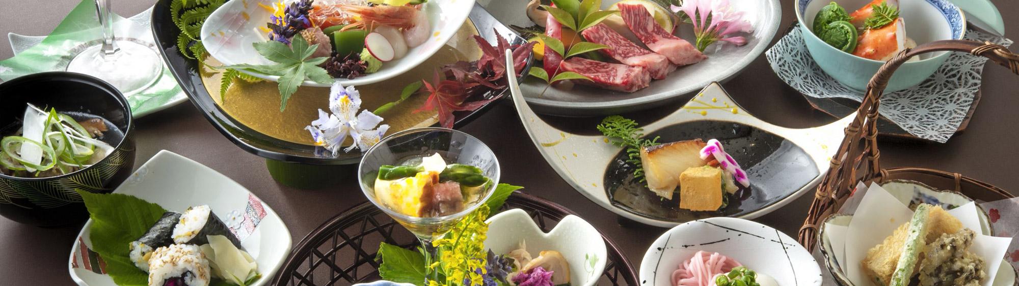 温泉宿の寛ぎと季節の料理で楽しむご宴会
